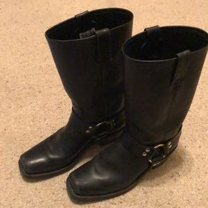 Frye Harness black leather Moro boot size 8